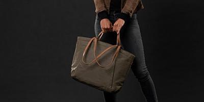 A&U:BAGS&CO 020